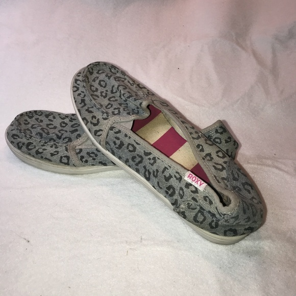 Roxy, Grey and Black Leopard Print, Size 10 Shoes